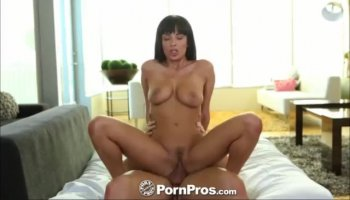 Amateur blondie with hot body toying
